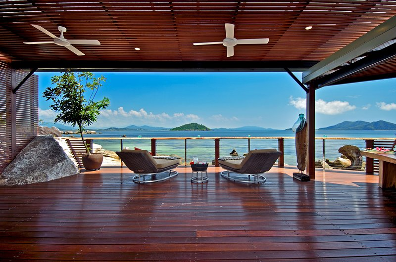 East Bedarra Island Retreat, holiday rental in Wongaling Beach