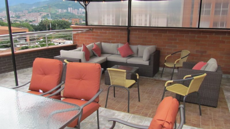 Both Penthouses 7 Bedroom, elevator Roof deck guests YES, alquiler vacacional en San Pedro de los Milagros