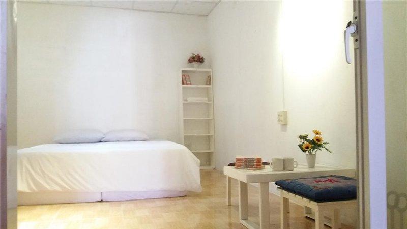 Victory Coffee & Hostel - Dorm Room 3, casa vacanza a Cai Rang