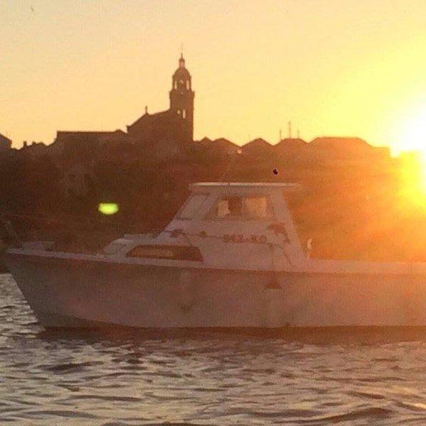 Explorer Family Boat, holiday rental in Zrnovo