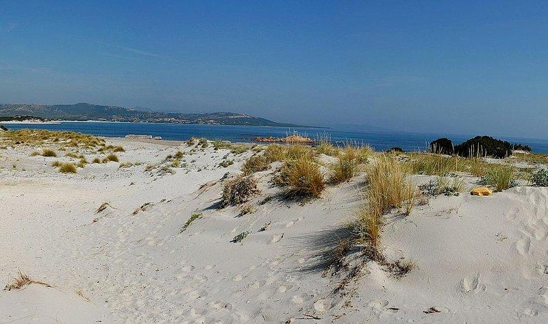 Villetta a 'Sos Appentos' a 600 mt dal mare con vista, vacation rental in Capo Comino