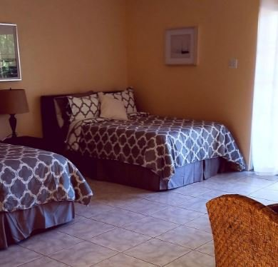 Villas Del Rey Hotel San Sebastian, Puerto Rico (KING Bed Room 5), holiday rental in Hatillo