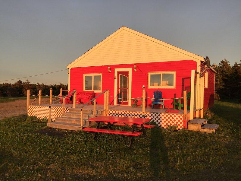 Bay Bob Side Cottage Surplombant la baie de Saint George, tout à fait, confortable, avec tout ce dont vous avez besoin. prendre plaisir