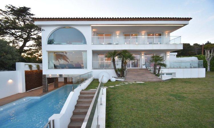 GAUDÍ VILANOVA HOUSE HUTB-038675, alquiler de vacaciones en Vilanova i la Geltrú