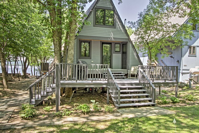 You'll never want to leave this cozy cottage on Lake Pepin.
