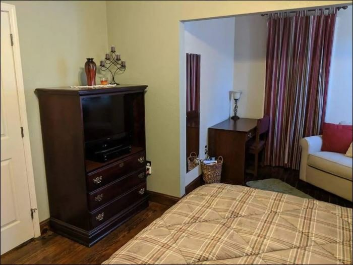 Patty's Place Family Suite, holiday rental in Empire