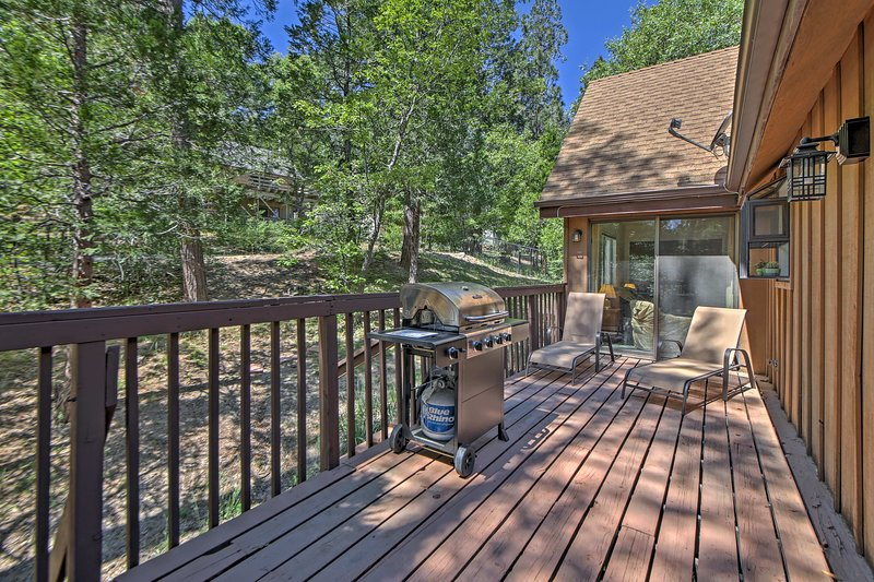 Let your worries melt away as you relax on the expansive deck