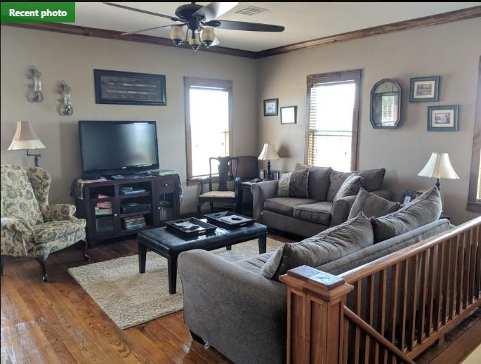 Double Single (Two), holiday rental in Empire