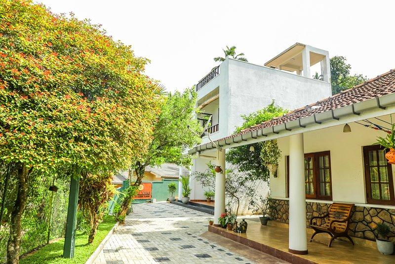 Remli villa - studio, vacation rental in Heerassagala
