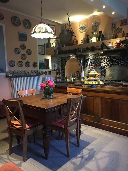 HOME AWAY FROM HOME, vacation rental in Somma Lombardo