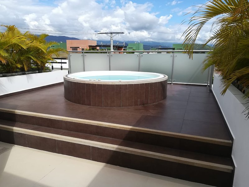 CASA ANAPOIMA, CONDOMINIO SAN ISIDRO DEL LAGO, holiday rental in Tocaima