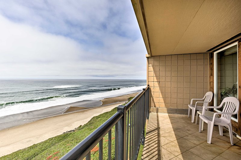 Possibly catch surfers 'hanging 10' out in the ocean's surf from the balcony!