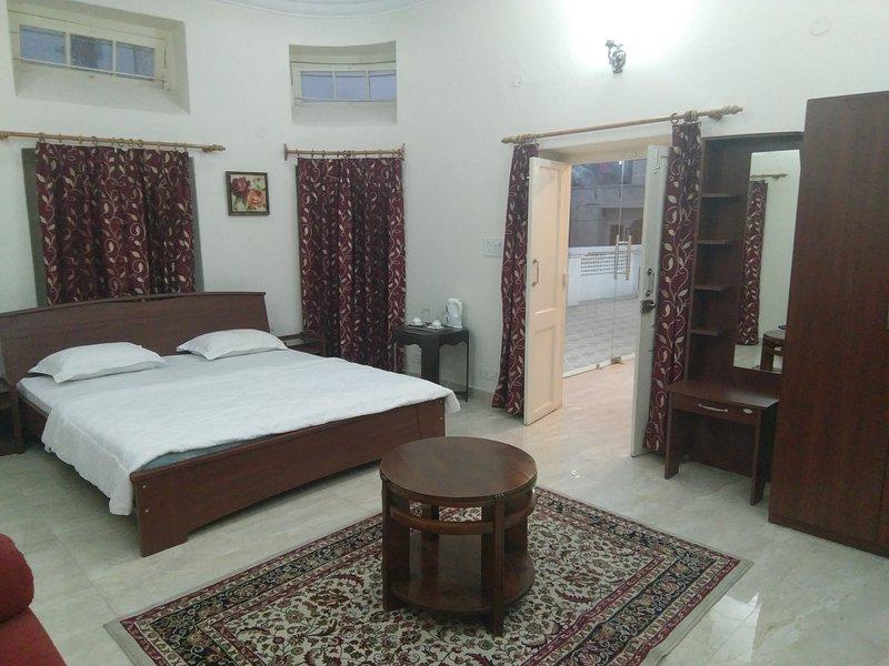 Heritage Terrace Suite 3, holiday rental in Jammu