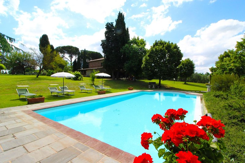 VILLA CECILIA, holiday rental in Montagnano