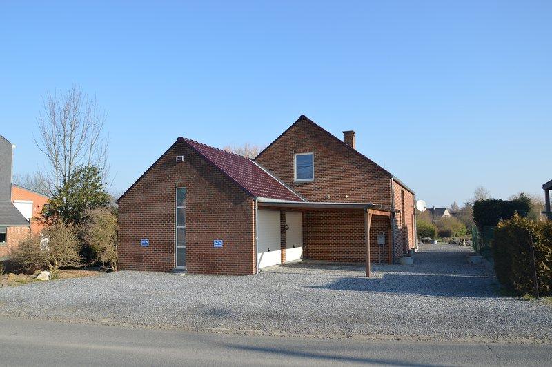 Location d'un meublé de vacance à Buvrinnes, Ferienwohnung in Montigny-le-Tilleul