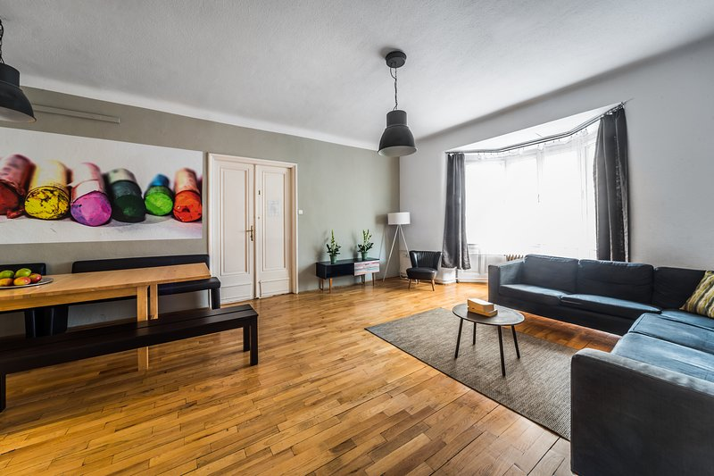 Group Apartment In Party Area Up To 25 Pax