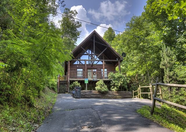 2 bedroom pigeon forge resort cabin with hot tub pool table and arcade updated 2018 for 2 bedroom hotels in pigeon forge