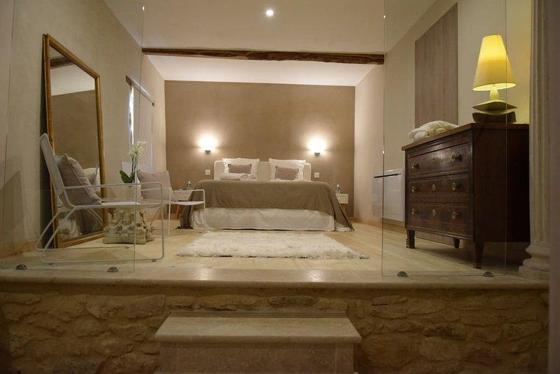 Chambres d'hôtes L'Intemporelle- Bulles & Douceur, location de vacances à Saint-Chamassy