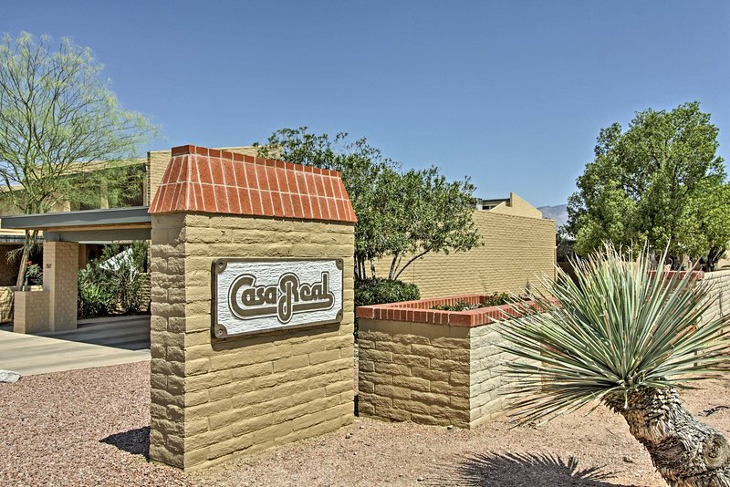 This tranquil townhome provides easy access to the area's best attractions!