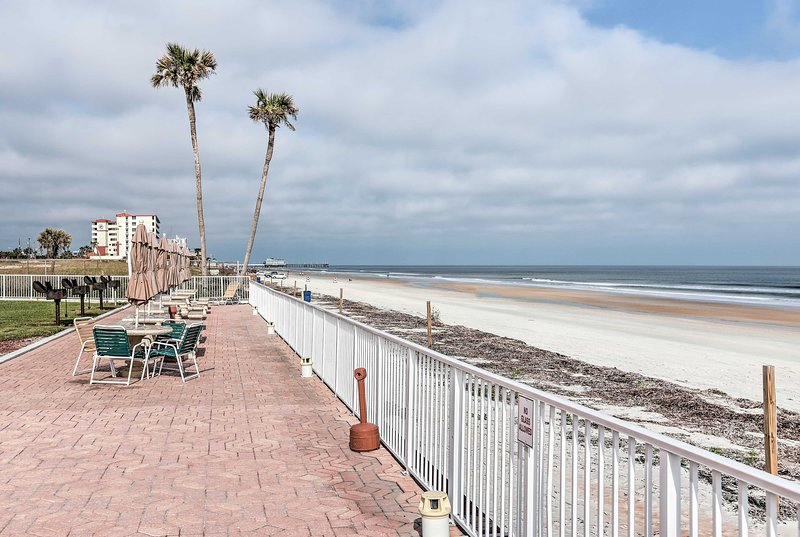 Take a trip to this lovely Daytona Beach vacation rental!