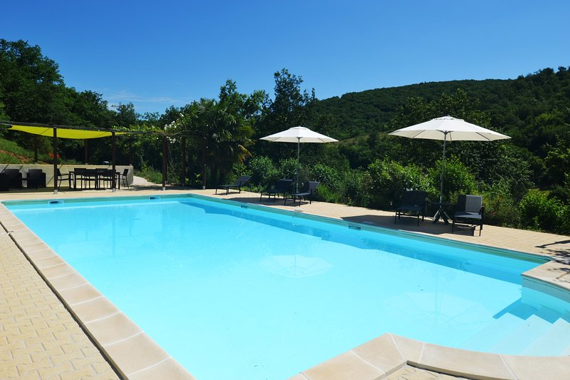 Le Manoir B&B - Room Mauzac - 2p - swimming pool, vacation rental in Lanzac