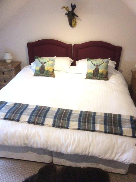 De dos dormitorios es un Super King Size o una habitación doble para satisfacer sus necesidades