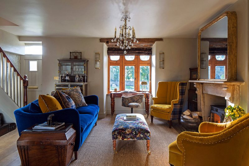 A sensational, stylish and cosy country home., holiday rental in Kingham