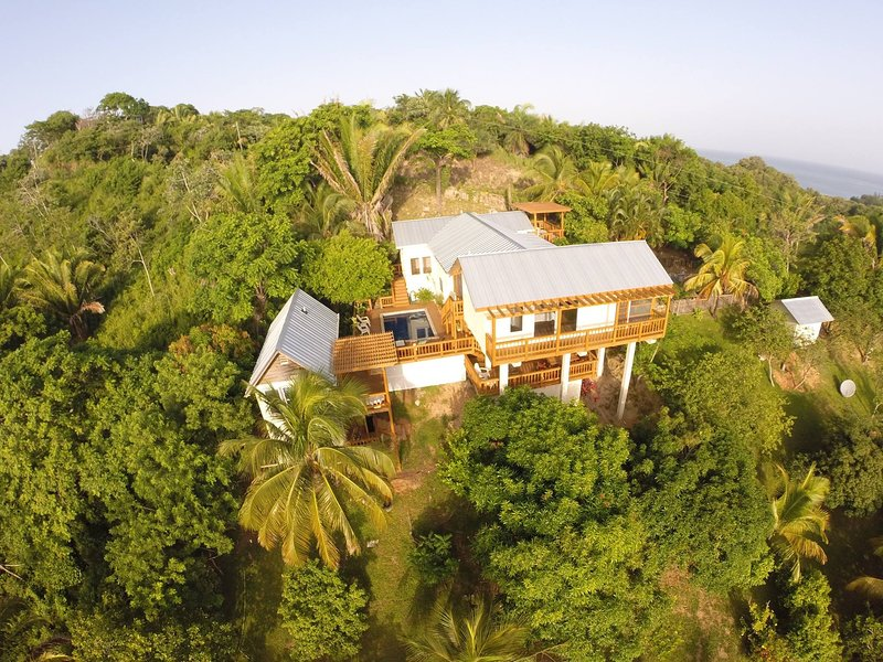 Lone Star House Bed, Breakfast and Boat, alquiler de vacaciones en First Bight