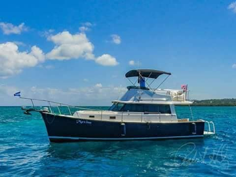 Maxina - 34' Mainship ready to take you on your water adventures.