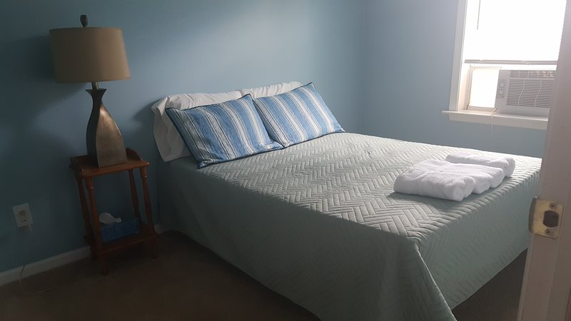 Malden 3Brm 1Bath 6mileFrom Boston, holiday rental in Chelsea