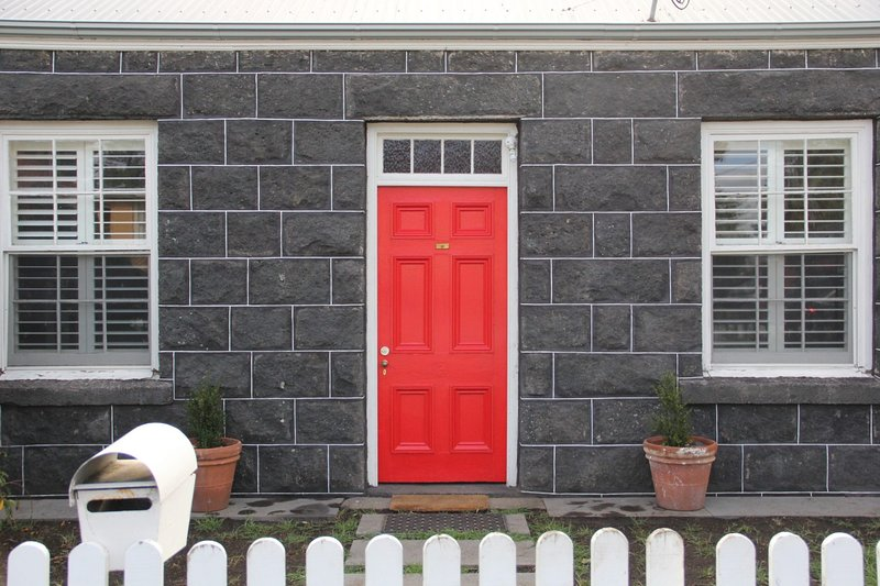 Young's Cottage - circa: 1861, location de vacances à Port Fairy