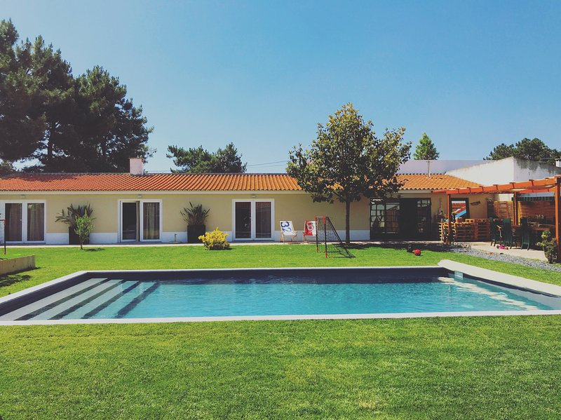 Amaral's Boutique Guesthouse, location de vacances à Quinta Do Conde