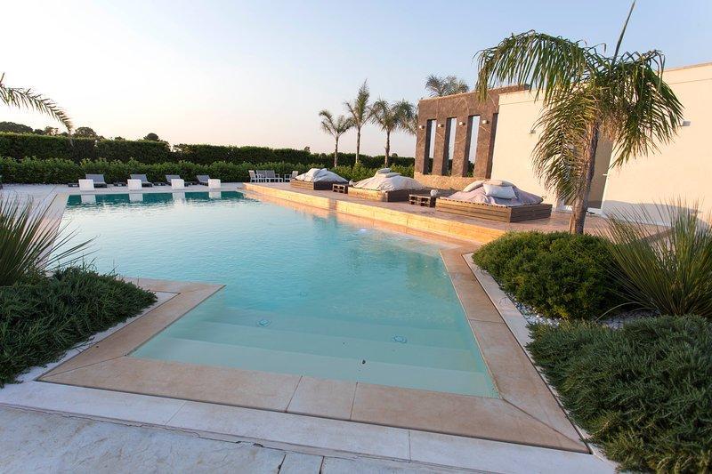 Amazing apartment with shared pool, location de vacances à Cenate