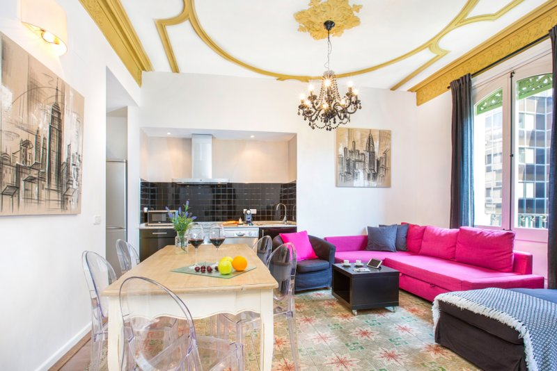 Super Centric Modernist Apartment in Barcelona (HUTB003315), holiday rental in Barcelona