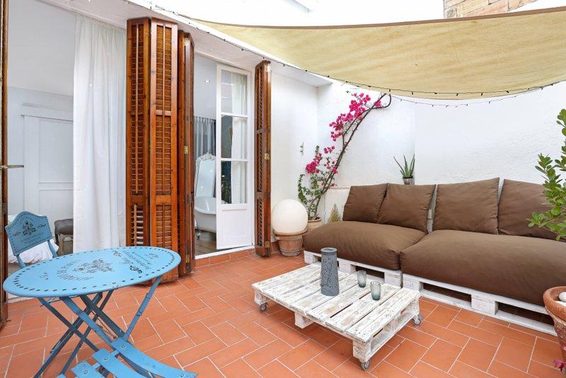 Accogliente e tranquilla terrazza privata