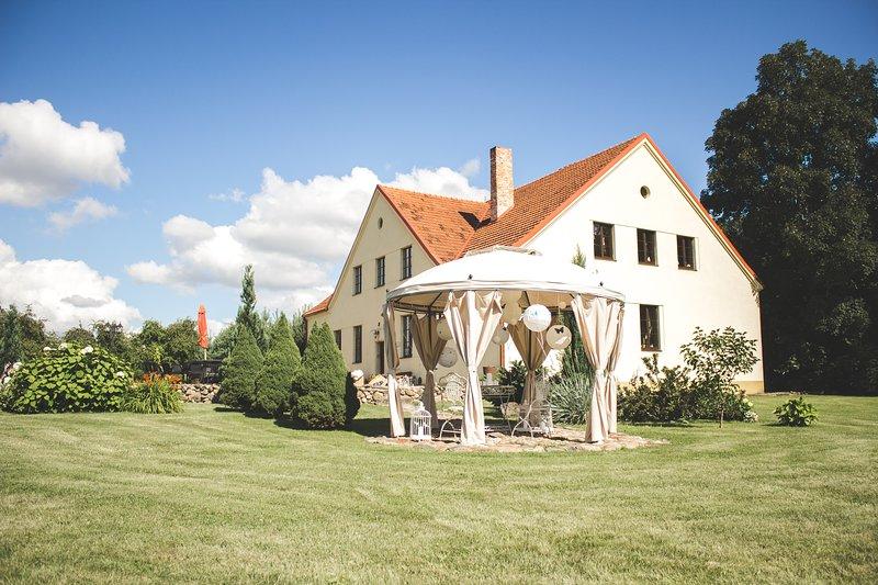 Akmeniu Manor House, alquiler vacacional en Condado de Kaunas