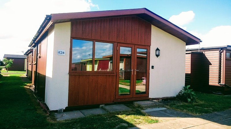 Pet friendly 6 berth Chalet, Ferienwohnung in Saltfleet