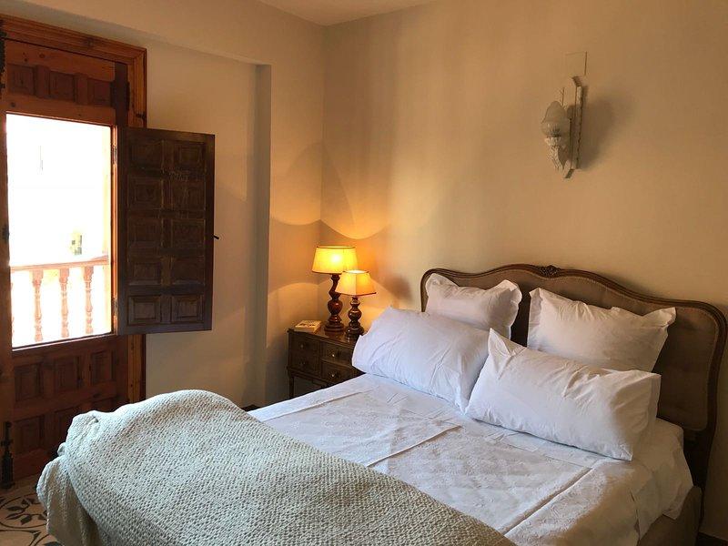 Casa Don César, 8 plazas en Víllora., holiday rental in Talayuelas