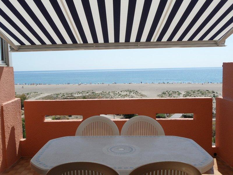 - Appartement en bord de plage, vue directe sur mer - – semesterbostad i Port Leucate