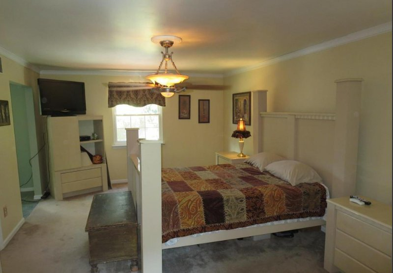 BEULAH Residence (Bedroom 3), holiday rental in Edgemere