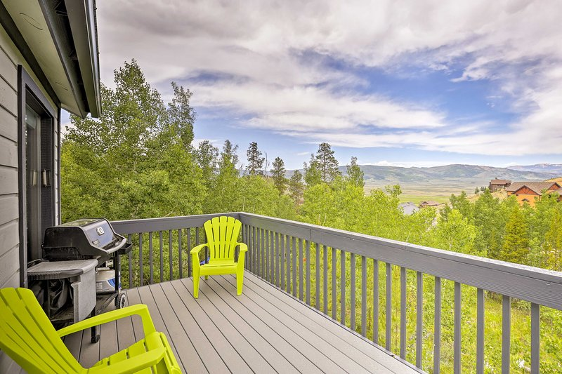 Start your Colorado escape off right by booking this Granby vacation rental!