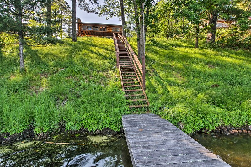 Aproveite o acesso directo lago - a poucos passos da propriedade!