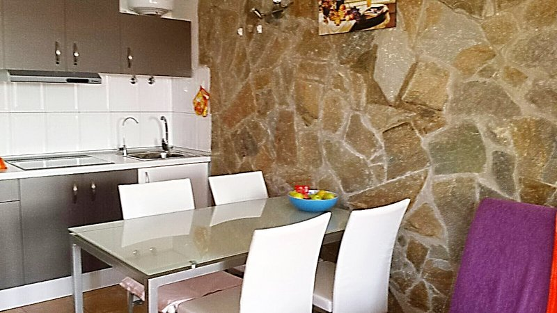 Costa de Antigua 2 floors holiday house, up to 6 persons, 5 mitutes from beach, vacation rental in Nuevo Horizonte
