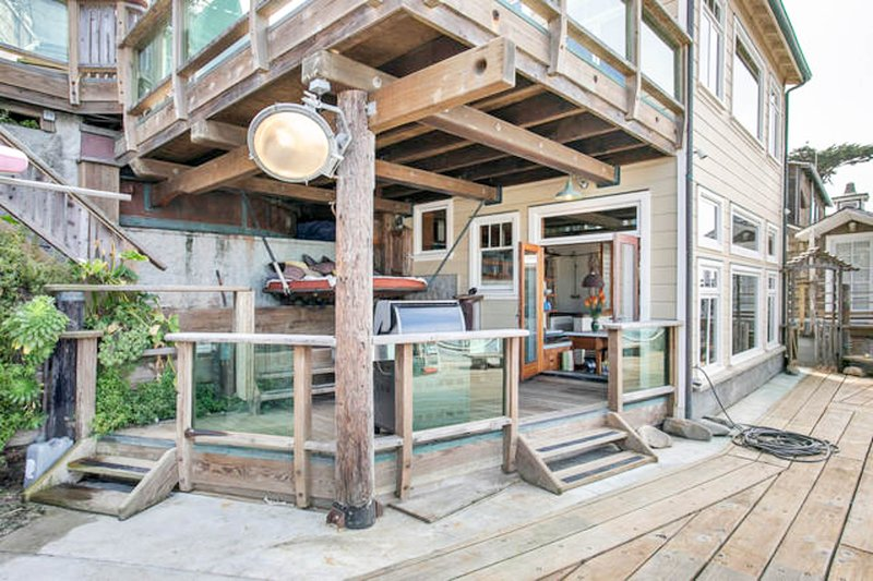 The Pedro Point Boat House/Dockside, holiday rental in Moss Beach