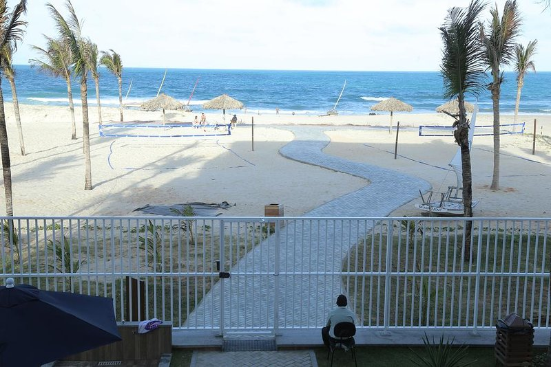 AP voet voor het overzeese zand in een van de mooiste stranden van Ceara.
