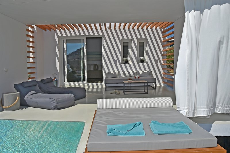Tinos Blend Suites | Villa 1, holiday rental in Tinos Town