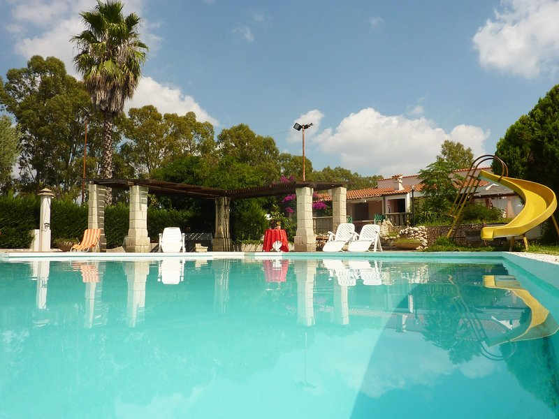 Olimpia pool villa, holiday rental in Taurisano
