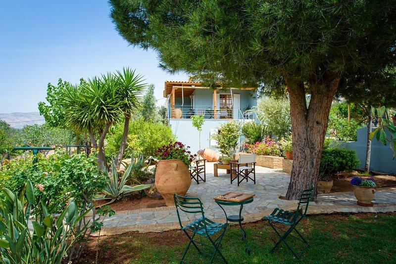 Marianna Cottage, holiday rental in Palaia Fokaia