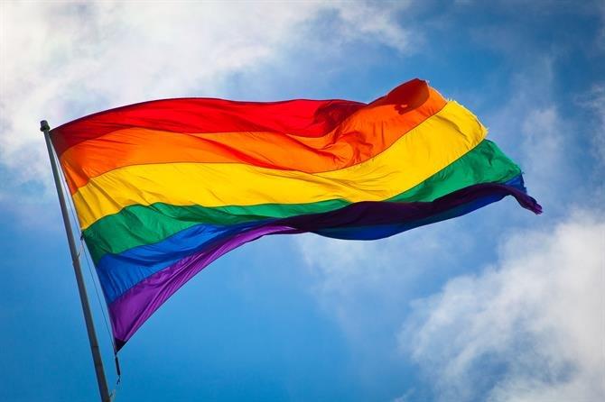 SÍMBOLO ORGULLO GAY