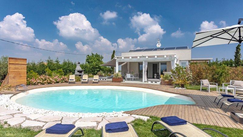 VILLA LISA 8, Emma VIllas Exclusive, holiday rental in Albereto